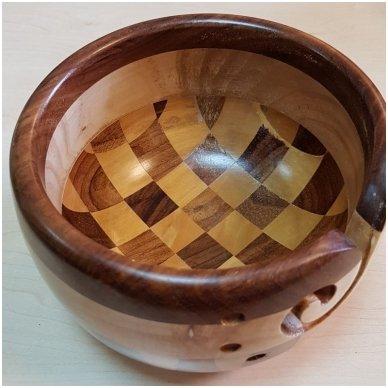 Indas mezgimo siūlams (įvairaus medžio) 2