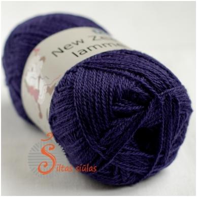 Naujosios Zelandijos vilna 133 violetinė