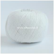 Wooly Cotton 02 sniego balta