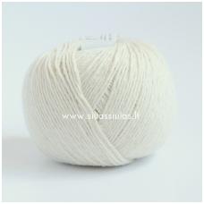 Wooly Cotton 172 pieno balta